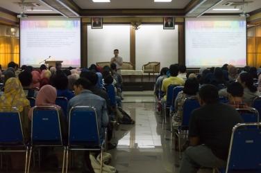 Kuliah Tamu Bern Chua (11)